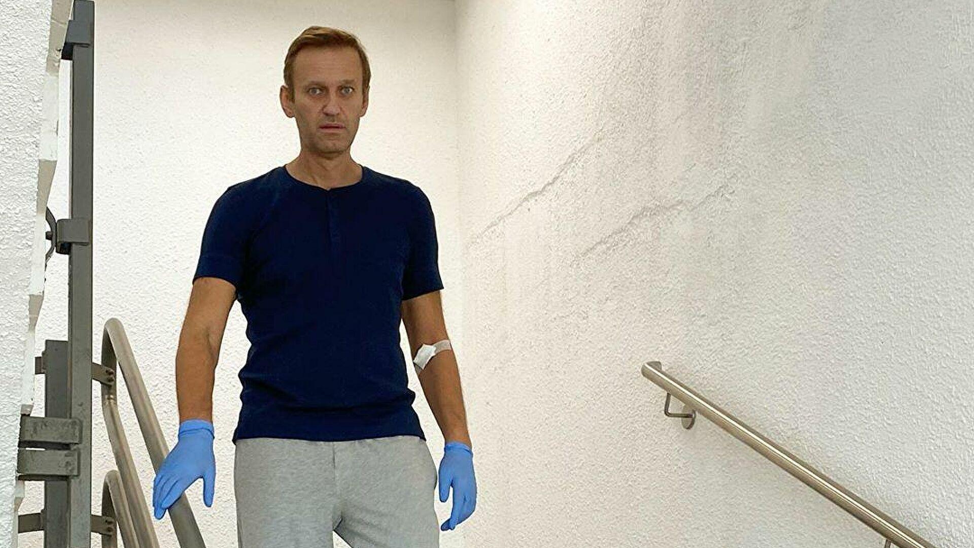 Навальный после отравления