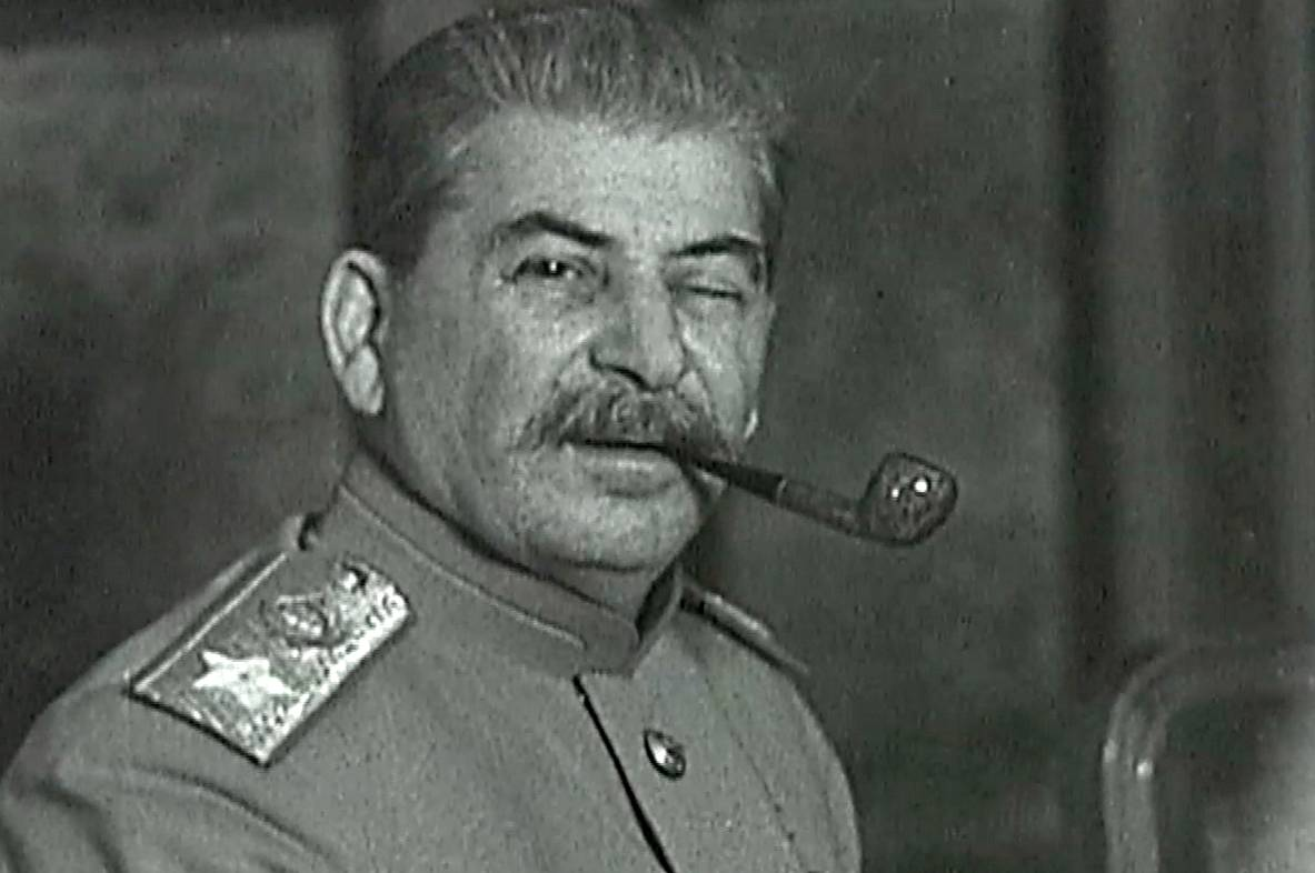 Фигляр Сталин и его усы