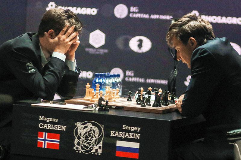 Переигравший Сергея Карякина норвежский гроссмейстер Магнус Карлсен