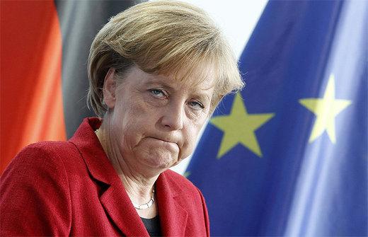 По данным опроса, который социологический институт Infratest Dipmap провел специально для канала ARD, только 45 процентов немцев удовлетворены работой своего канцлера.